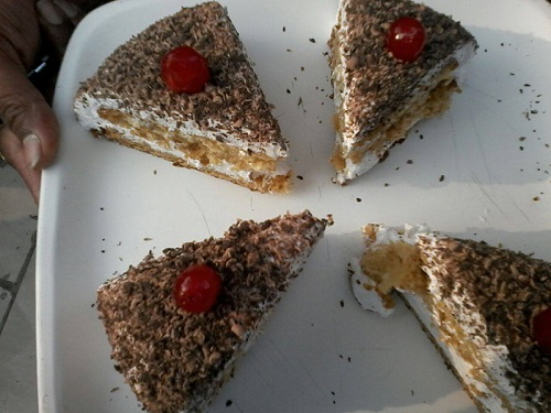 black forest cake banane ki recipe tarika in hindi